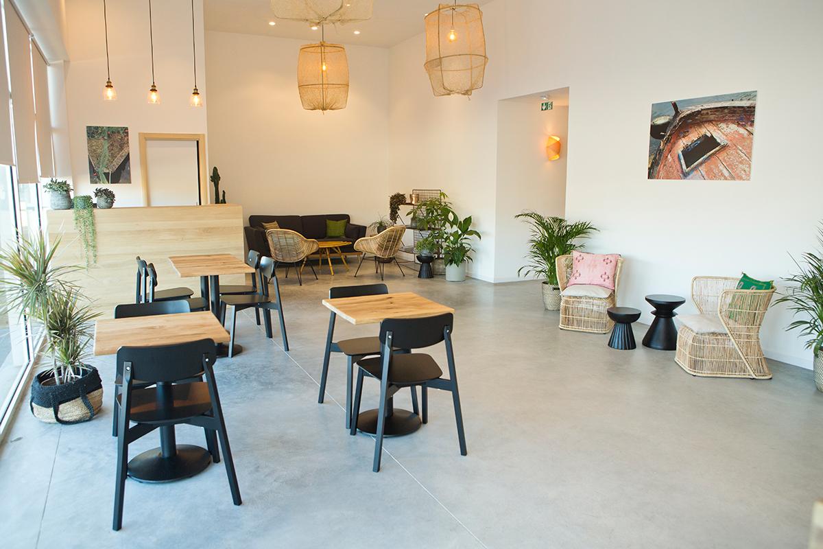 aquanea aquabike esth tique vitrolles. Black Bedroom Furniture Sets. Home Design Ideas